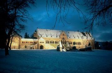 Goslar: view of Kaiserpfalz Palace in winter